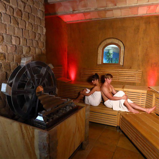 saunen medi therme bochum sauna wellness pools. Black Bedroom Furniture Sets. Home Design Ideas